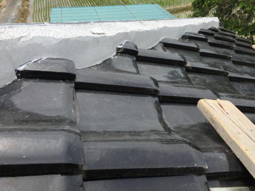 茨城県城里町にて瓦屋根の修理(谷板金の差し替え・棟の積み直し工事) | 茨城で屋根修理・リフォームをお考えなら豊富な